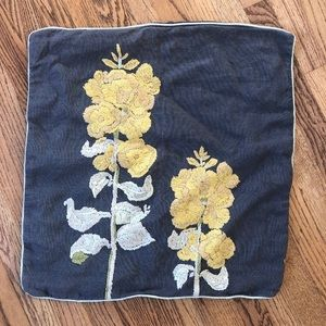 ANTHROPOLOGIE - EMBROIDERED PILLOW COVER